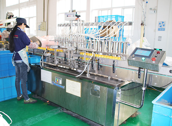 Line type filling capping line, suitable different size & shape bottle